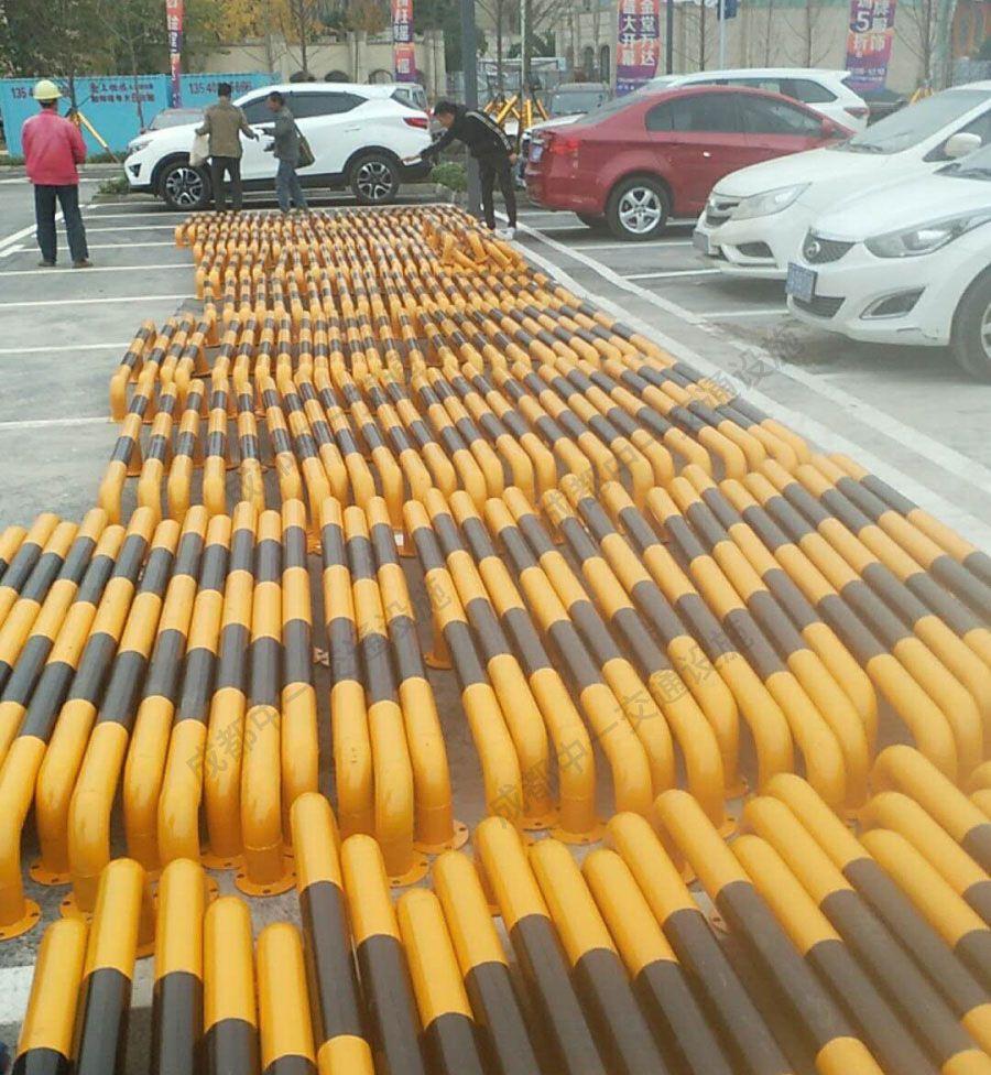金堂万达采购我公司挡车杆在广场投入使用